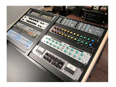 Compression Masterclass screen shows a rack of mixers