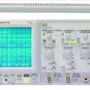 Frequency and Period of Sound screen shows the instek hardware oscilloscope